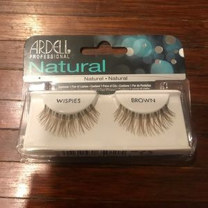 Ardell Brown Whispies Lashes